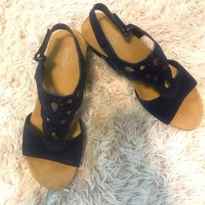 Bjorndal navy wedge sandal in 8.5W